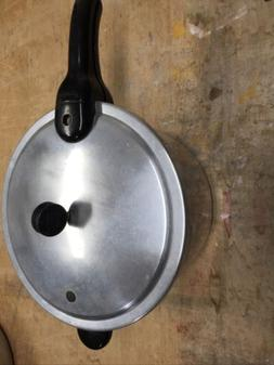 Presto 4 QT Pressure Cooker PRESSURE COOKER ALUMINUM Model 4